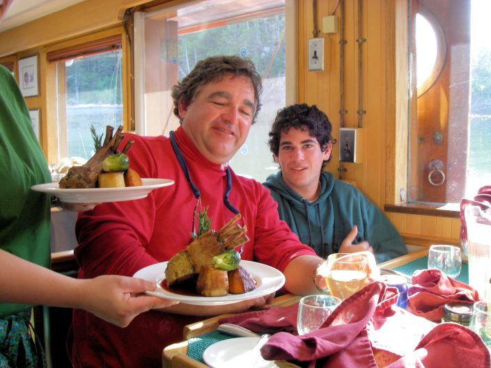 Enjoy gourmet meals on our Eco Tours